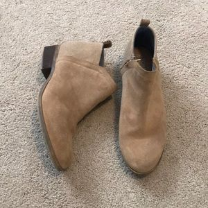 Toms tan leather suede booties